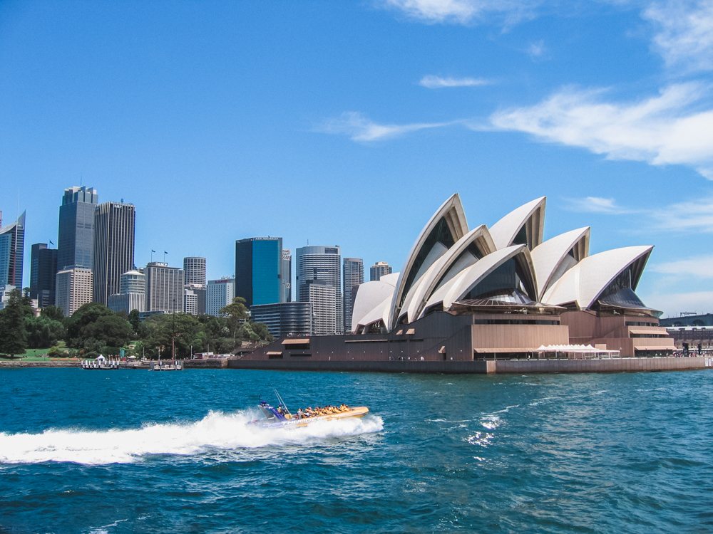 parasailing-manly-1